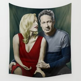 Gillian Anderson and David Duchovny painting Wall Tapestry