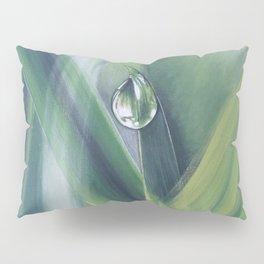 A drop of water Pillow Sham