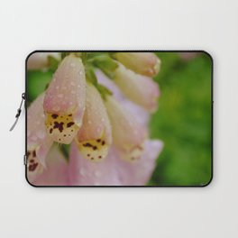 Dew drop flowers Laptop Sleeve