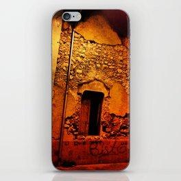 Bisto iPhone Skin
