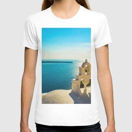 Church in Oia,Santorini T-shirt