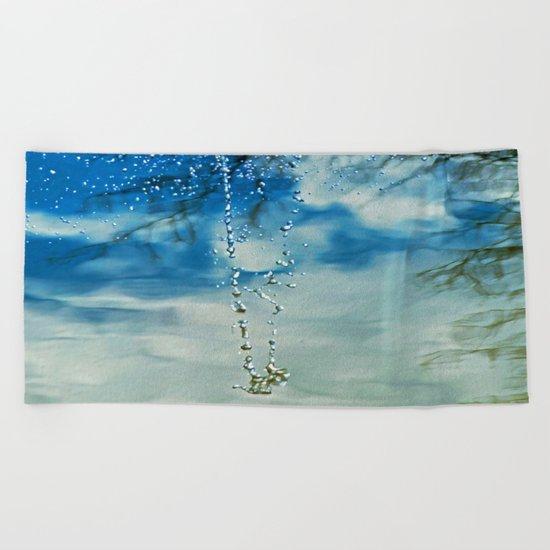 WATER JEWELS Beach Towel