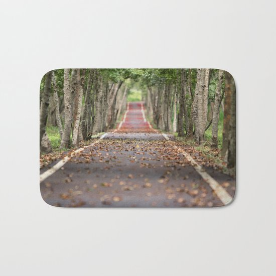 wood le chemin Bath Mat