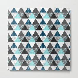 Triangle Quilt in Blue Metal Print