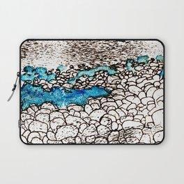 ...on the seashore Laptop Sleeve