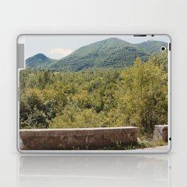 Old Mercedes 3/3 Laptop & iPad Skin
