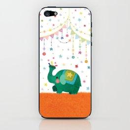 circus elephant iPhone Skin