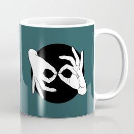 Sign Language (ASL) Interpreter – White on Black 07 Coffee Mug
