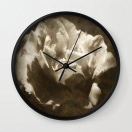 Rosas Moradas 5 Antiqued Wall Clock