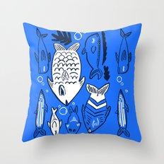 Poissons de La Mer Throw Pillow