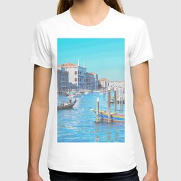 Grand canal boat traffic in Venice, Italy T-shirt