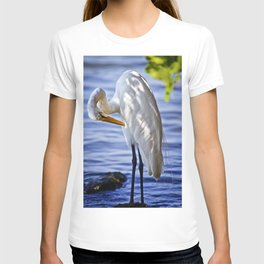 Great Egret Grooming T-shirt