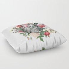 Roses for her Heart Floor Pillow