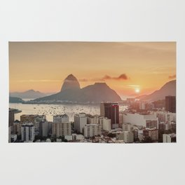 View over Botafogo towards the Sugarloaf Mountain at sunrise, Rio de Janeiro, Brazil Rug