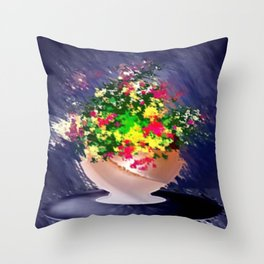Ton und Blumen. Stilleben. Throw Pillow