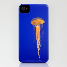 He moves from point to point with as little uproar as a jellyfish. --Plum Slim Case iPhone (4, 4s)