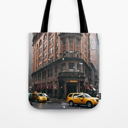 Snow showers in Financial District Tote Bag