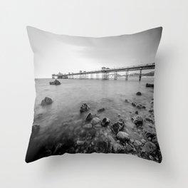 Llandudno Peir Bw Throw Pillow
