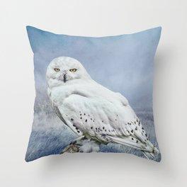 Snowy Owl in mist Throw Pillow