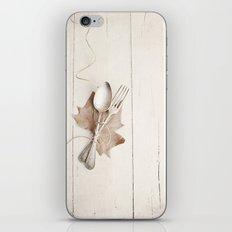 Cubiertos y hoja. iPhone & iPod Skin
