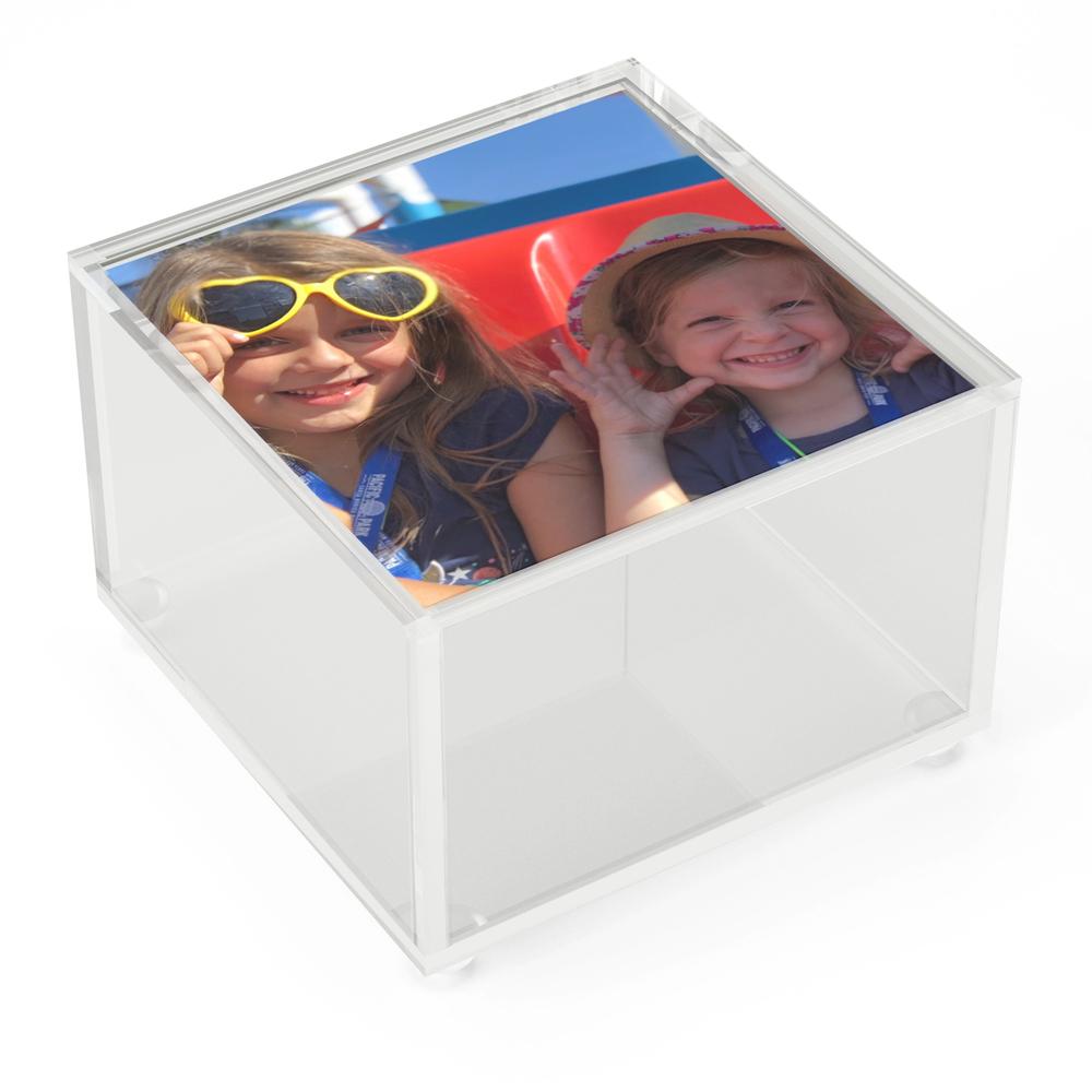 Pier_Fun_Acrylic_Box_by_devmattweg