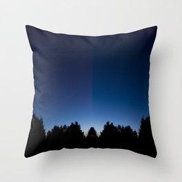 Spiegel im spiegel VIII Throw Pillow