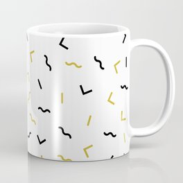 Black and gold squiggly lines pattern Coffee Mug