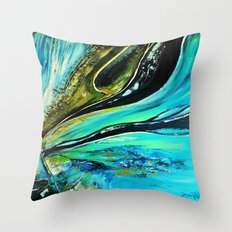 Ice structure Throw Pillow