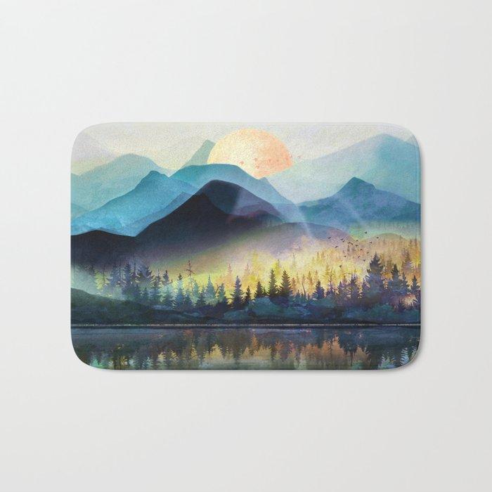 Mountain Lake Under Sunrise Badematte
