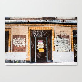 Decaying Building. Sydney. Australia. Canvas Print