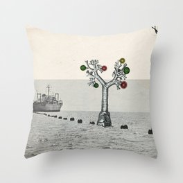 L'arbre Throw Pillow