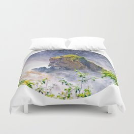 Rock in the falls Duvet Cover