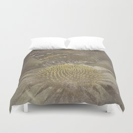 fleeting memory Duvet Cover