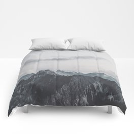 Calm - landscape photography Comforters