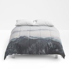 Calm - landscape photography Comforters