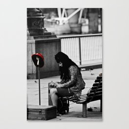 Street performer Canvas Print