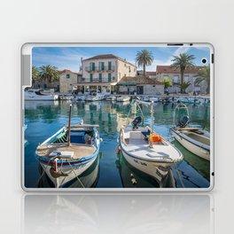 Sucuraj 2.4 Laptop & iPad Skin