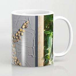 """""""5 vor 12"""" für die Menschheit / Kunsthaus-Lay Coffee Mug"""