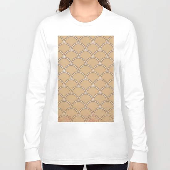 Abstract large scallops in iced coffee with texture Long Sleeve T-shirt