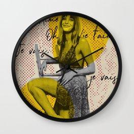 .Je T'aime. Wall Clock