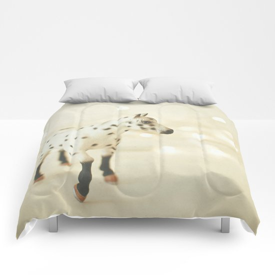 Horse in Winter Comforters