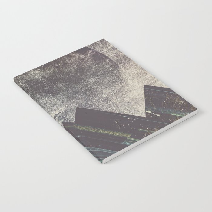 Sweet dreams mountain Notebook