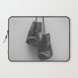 keep fighting Laptop Sleeve
