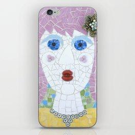 Mosaic - Ingrid Spots Her Soulmate iPhone Skin