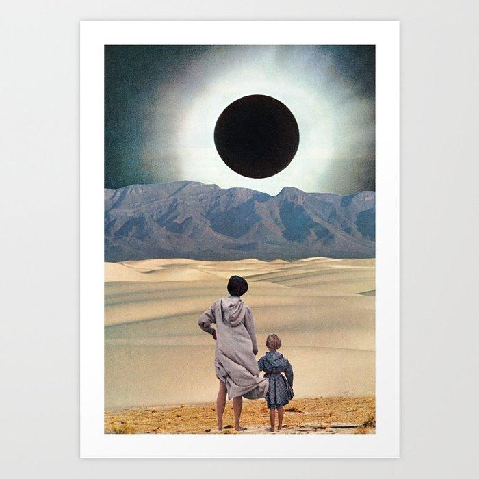 Entdecke jetzt das Motiv DISTANCE von Beth Hoeckel als Poster bei TOPPOSTER
