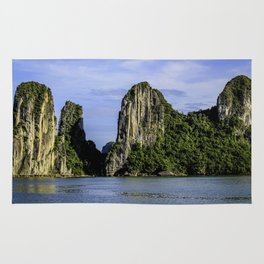 Beautiful Limestone Cliffs Covered in Green Trees and Bushes Rising up from Halong Bay, Vietnam Rug
