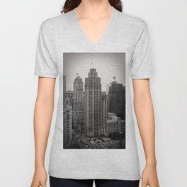 Chicago Tribune Tower Building Black and White Photo Unisex V-Neck