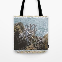 DRIFTWOOD ROOTS ON SEASIDE ROCKS Tote Bag