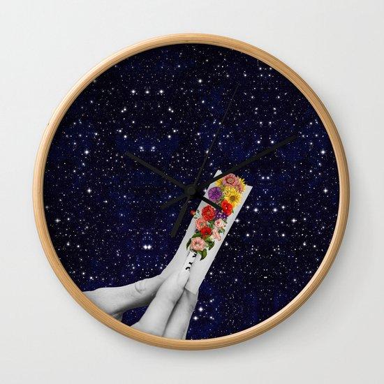 Rolling Flower in Space by justimogen