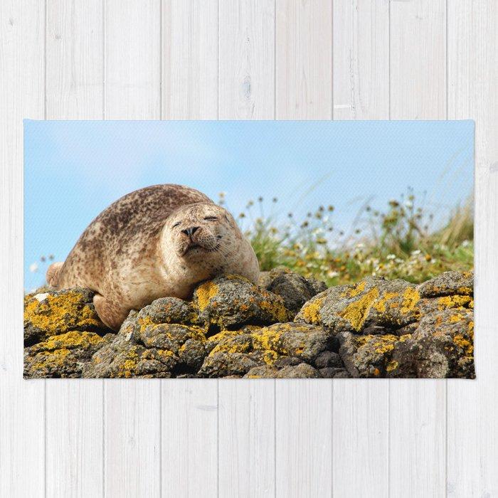Seal at Dunvegan Castle, Scotland Rug